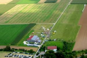 Luftbild vom Flugplatzfest 2014